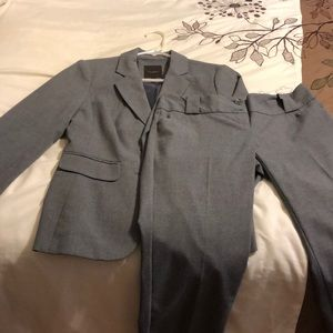 The Limited Gray Pant Suit Size 0